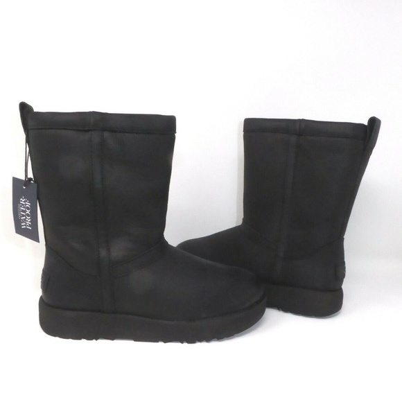 dab57609d510 UGG Classic Short Black Leather Boots NEW